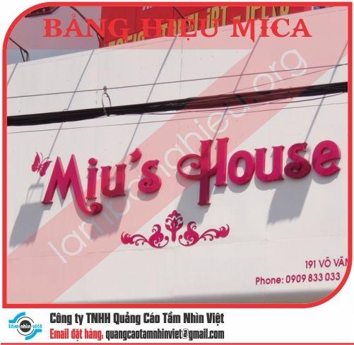 Mẫu bảng hiệu Mica 012