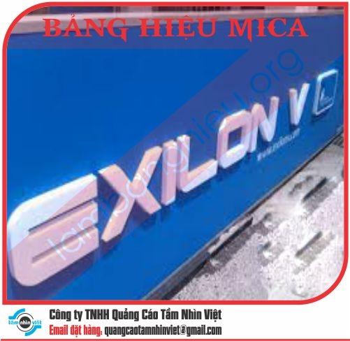Mẫu bảng hiệu Mica 032