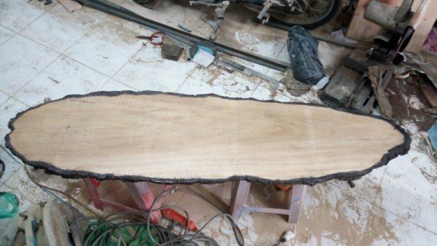 Làm bảng hiệu gỗ chuyên nghiệp