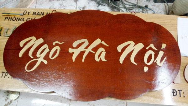 Làm bảng hiệu gỗ Hà Nội Ngõ