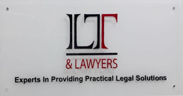 Làm bảng hiệu mica ghép công ty luật LT