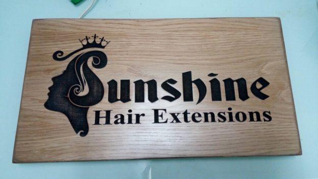 Bảng hiệu gỗ đẹp công ty Sunshine