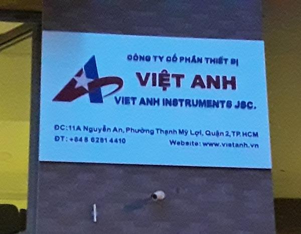 Làm bảng hiệu Kính Việt Anh